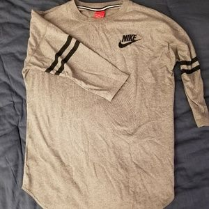 NOWT Women's Medium Nike 3/4 Sleeve Tunic Tee
